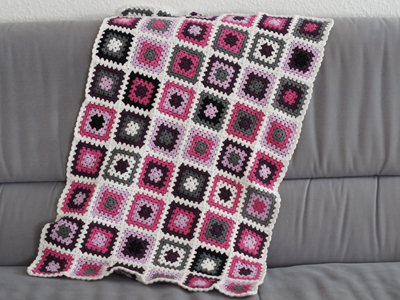 crochet knitting stitch granny square babydecke. Black Bedroom Furniture Sets. Home Design Ideas
