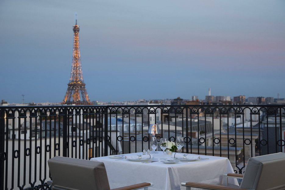 Top 10 Best Hotels in Paris