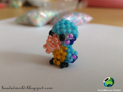 ptaszek z koralików