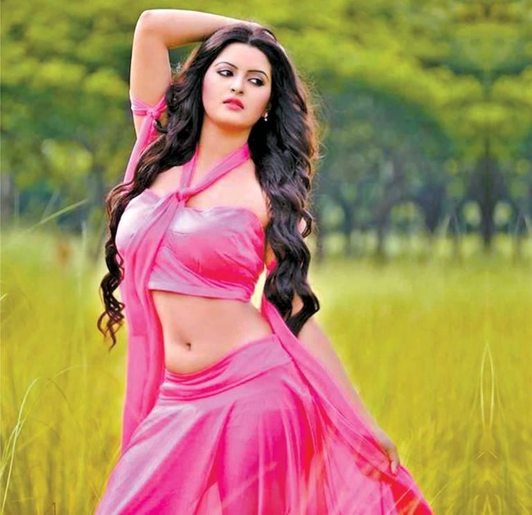 Bangladeshi Hot Actress Pori Moni Sexy Picture Collections