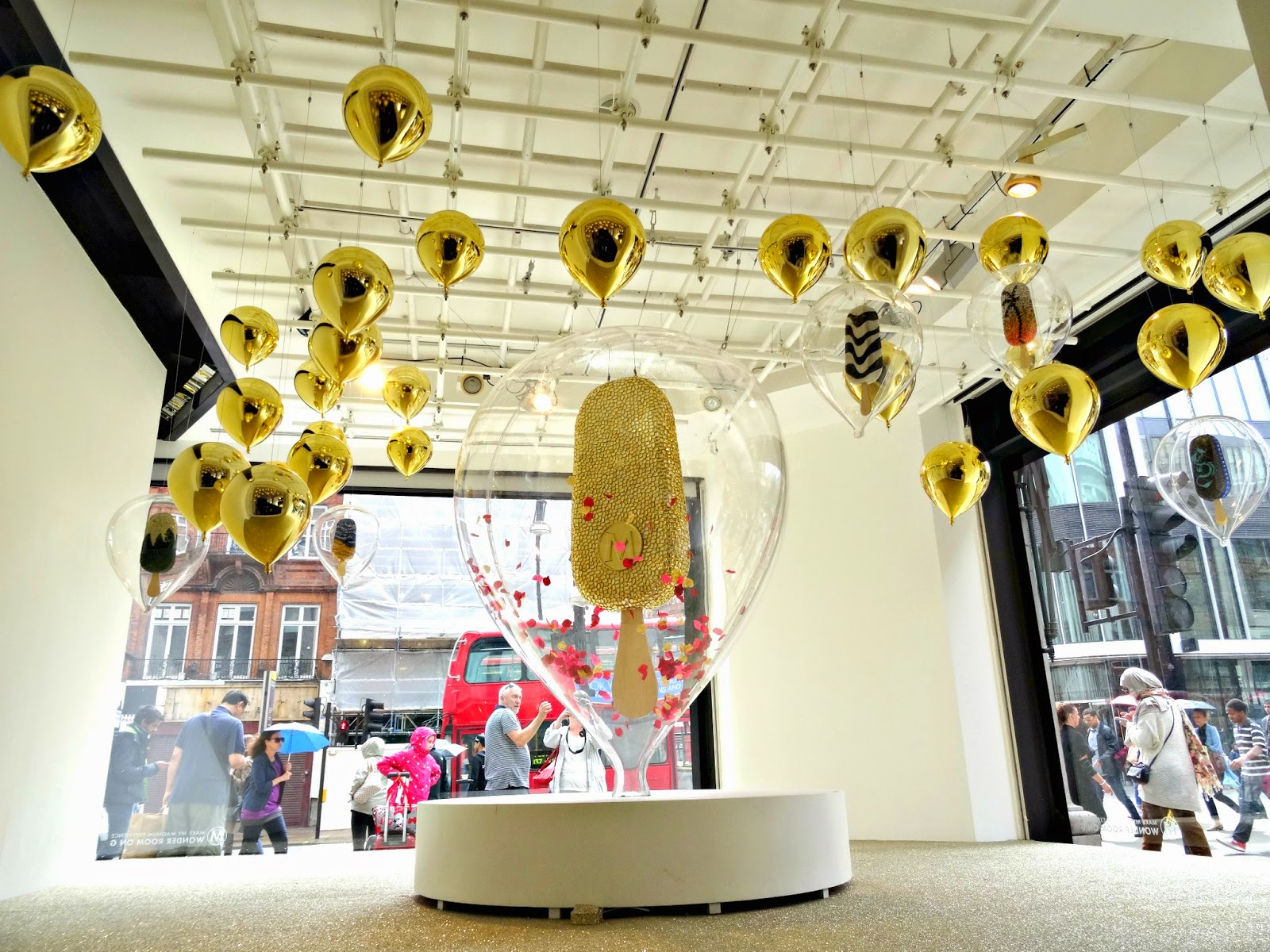 Magnum pop-Up Selfridges
