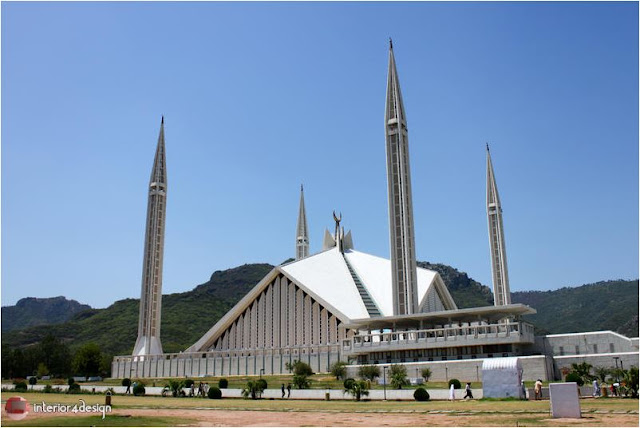 World's 5 Most Beautiful Mosques 4
