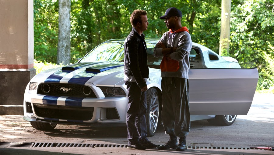 Aaron Paul şi Kid Kudi în filmul Need For Speed