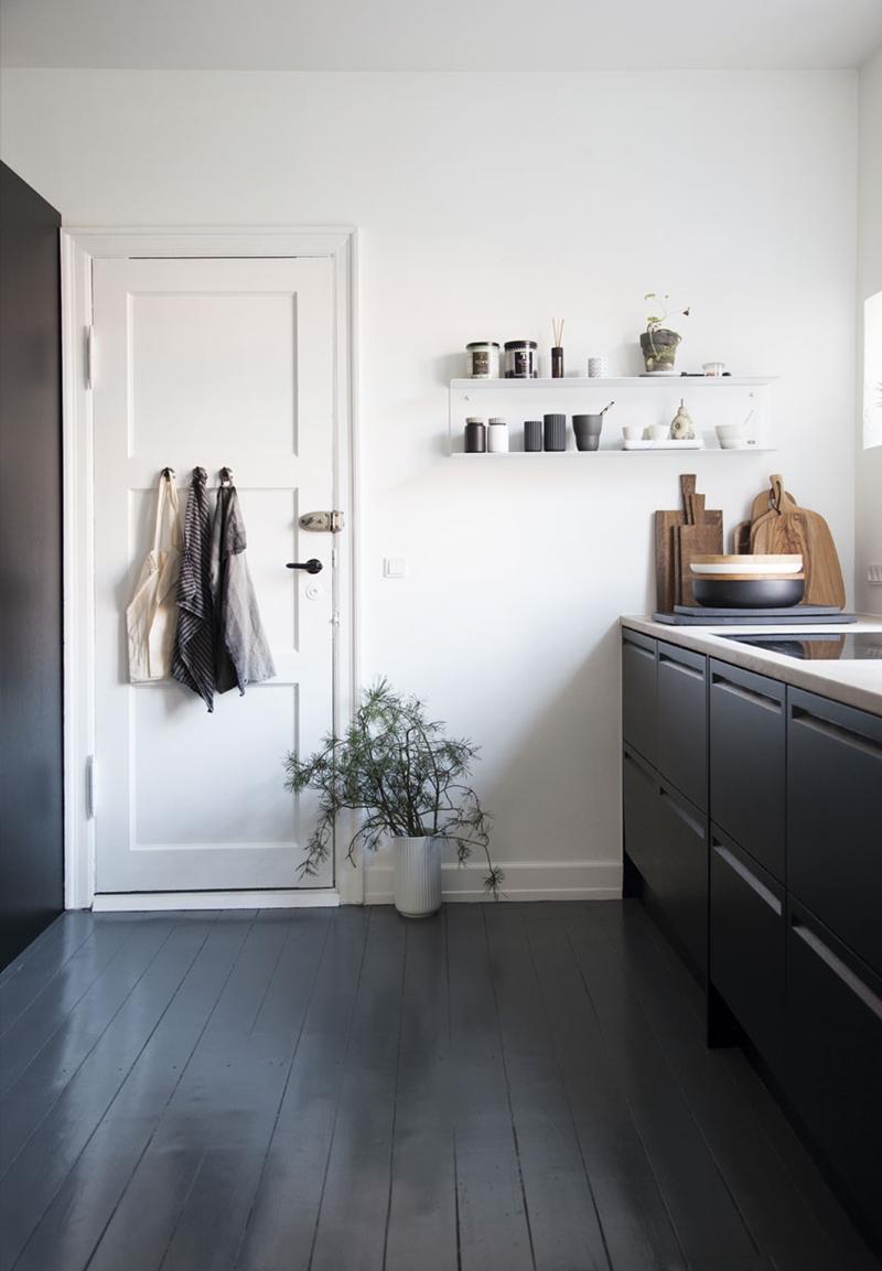 a graphic and minimalist christmas la maison d 39 anna g bloglovin. Black Bedroom Furniture Sets. Home Design Ideas