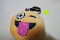 """Zunge raus: Smakey®2""""mini Emoji Gesicht Express Plüsch Spielzeug Schlüssel Kette Tasche Zubehör Satz von 7"""