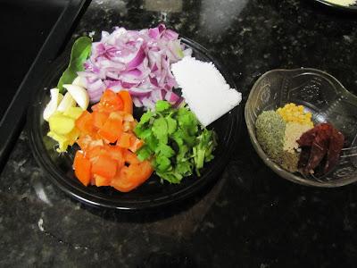 Cauliflower Kuzhambu 1