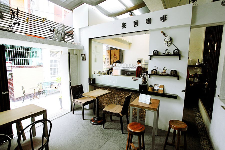 台南老屋欣力巷弄食旅|寮國咖啡~巷子裡的美食景點