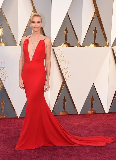 Charlize Theron espectacular en la alfombra roja - Foto: Gtres Online