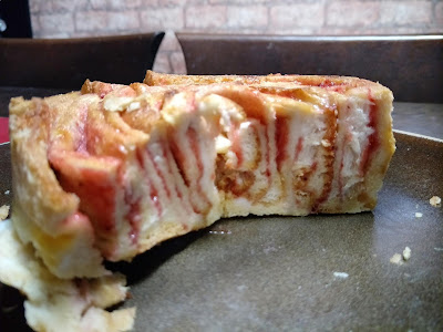 ROLL BREAD BUTTER PUDDING WITH STRAWBERRY JAM