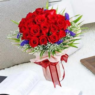 Pesan Hand Bouquet Bunga Mawar Di Kalianyar