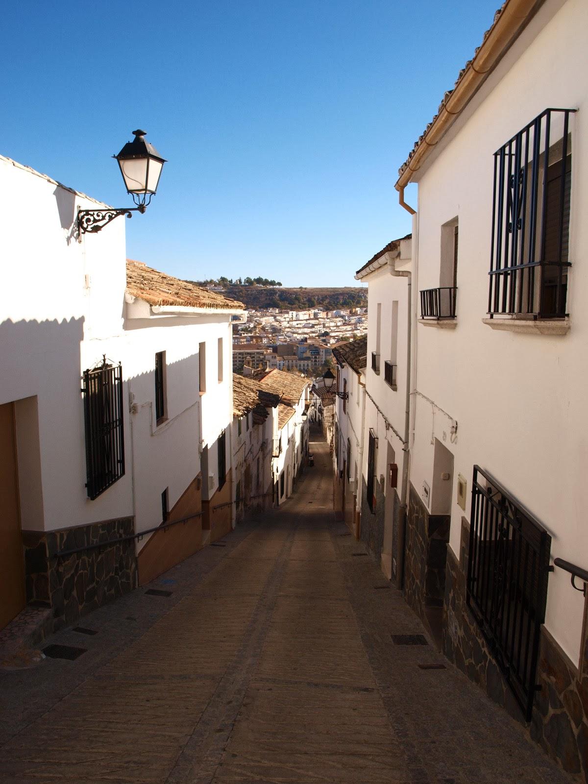 Caminando por sierras y calles de andaluc a alcal la - Spa alcala la real ...