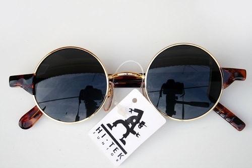 Kiat Memilih Kacamata Hitam Untuk Fashion Paling Tepat