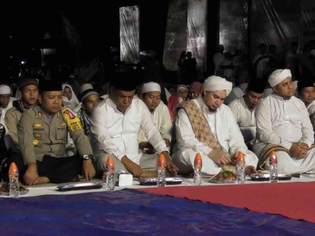 Rayakan HUT Ke-15, Pemkab SBT Gelar Tabligh Akbar di Bula