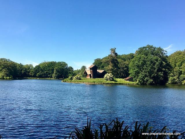 lagos de los jardines frederiksborg dinamarca
