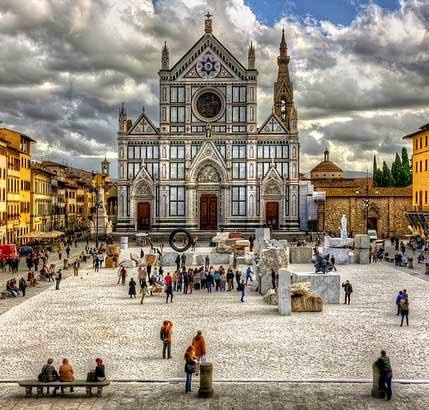 fi santacroce - Vale a pena pegar uma guia que fale português em Florença?