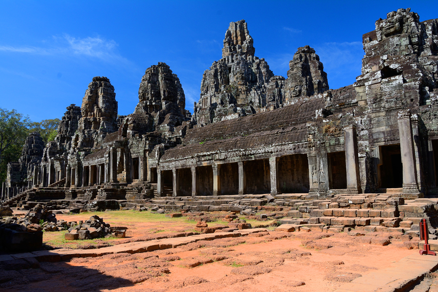 Angkor Thom, Bajon
