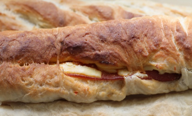 my bare cupboard: Easy French bread