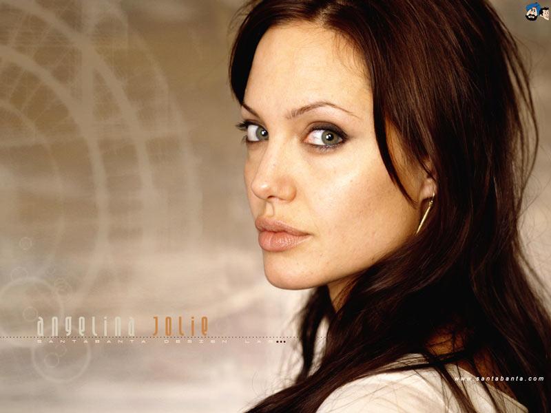 Angelina Jolly  World Of Entertainment-4144