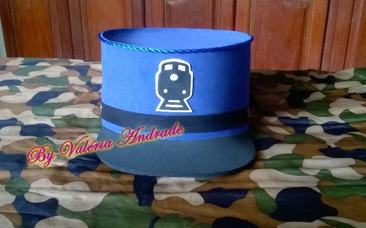 Chapéu de Maquinista - Encomenda da minha amiga e cliente Sandra. 7ce173bc396