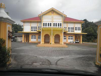 Image result for istana kuning kedah