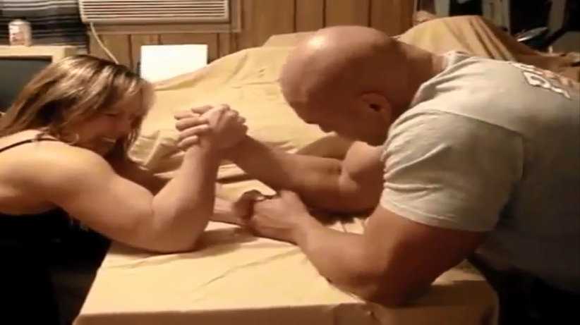 Muscle girl Vs Muscle men, Mixed Armwrestling