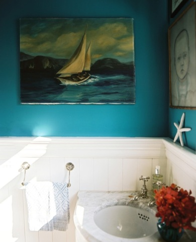 nautical art in bathroom idea