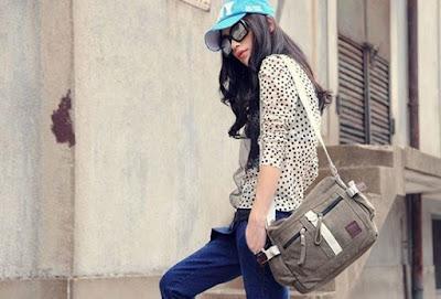 tas selempang kecil wanita