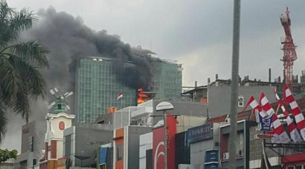 kebakaran gedung Swiss Belhotel