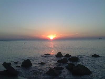 Бургаският плаж след първият ден на Спирит ъф Бургас