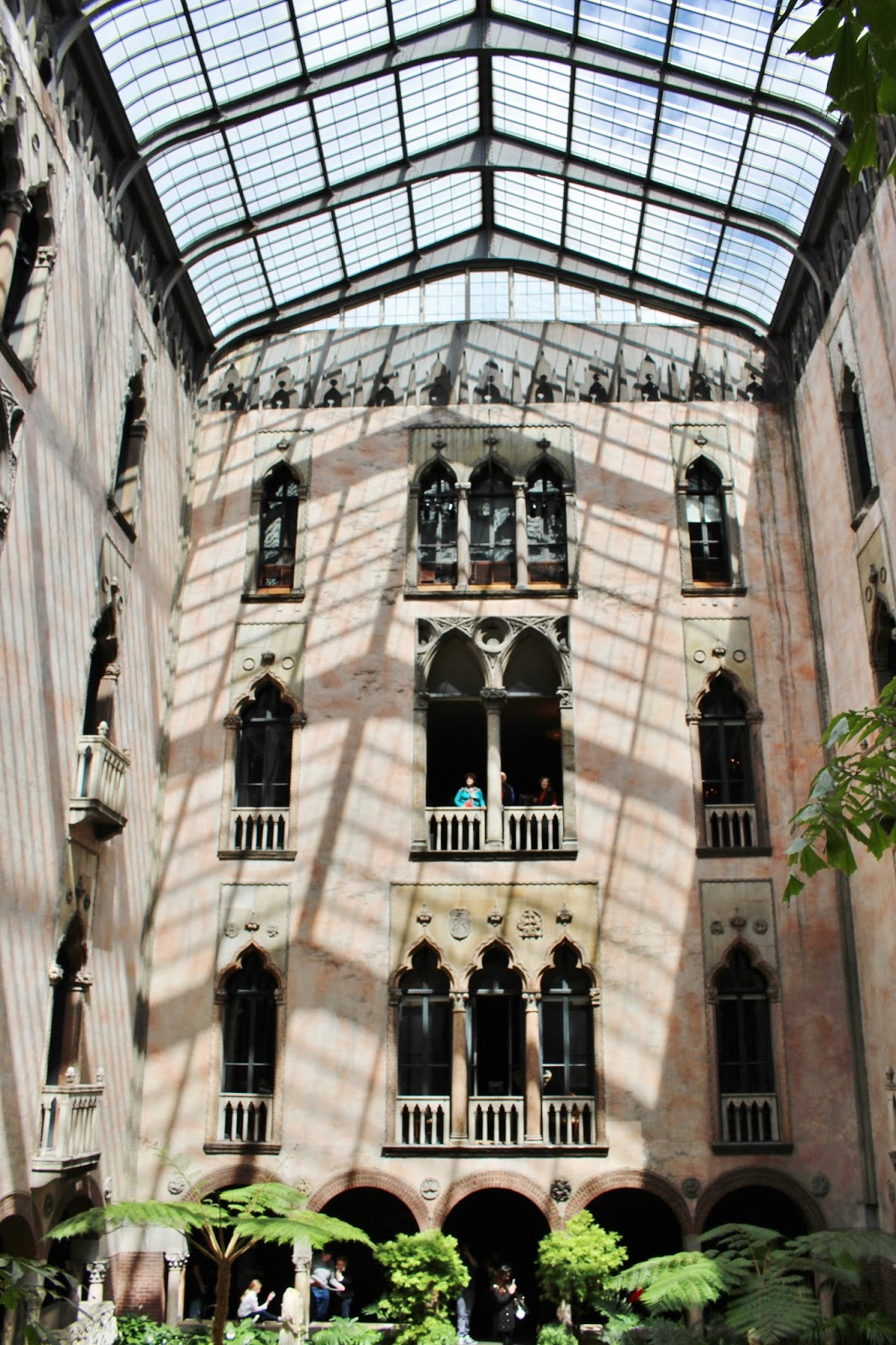 bijuleni - Isabella Gardner Museum Architecture, Boston
