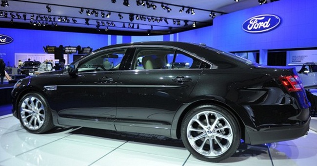 2016 Ford Taurus Sho 0-60