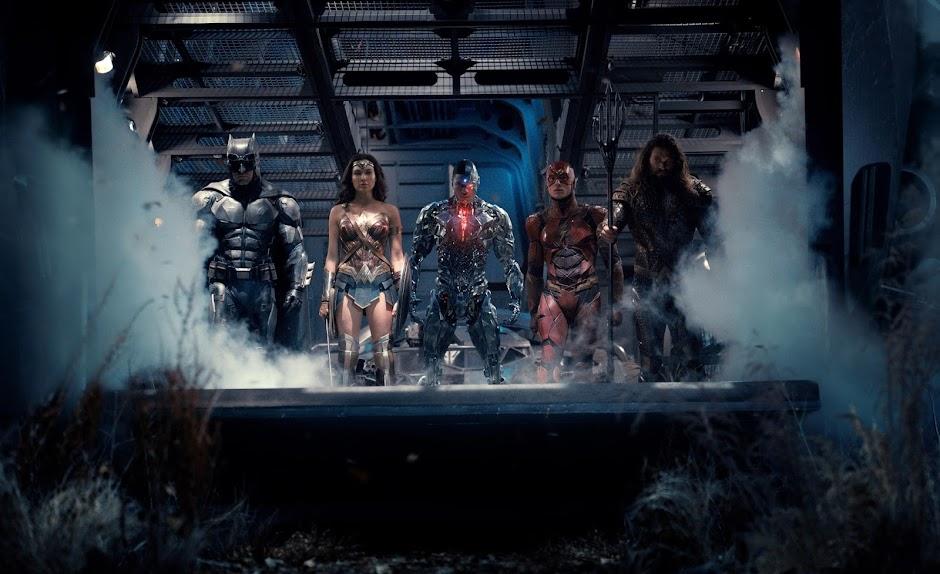 """Novo trailer de """"Liga da Justiça"""" é explosivo e carregado de ação"""
