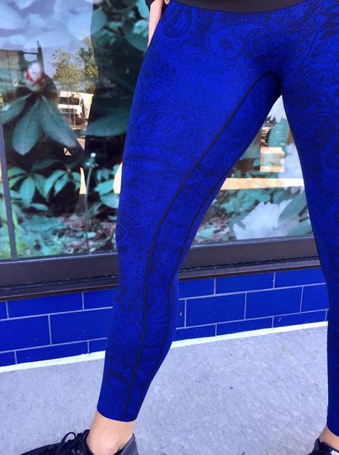 https://shop.lululemon.com/p/womens-outerwear/Rush-Hour-Jacket/_/prod8260124?rcnt=3&N=1z13ziiZ7vf&cnt=51&color=LW4IG3S_9641