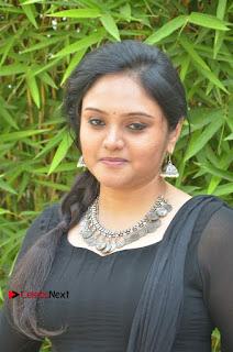 Actress Kala Kalyani Stills in Black Salwar Kameez at Engeyum Naan Iruppen Audio Launch  0002.jpg