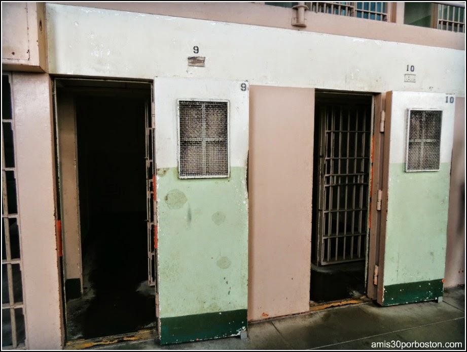 """La Prisión de Alcatraz: Celdas en la zona """"The Hole"""""""
