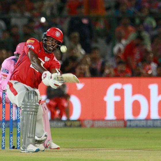 क्रिस गेल ने राजस्थान रॉयल्स के खिलाफ 47 गेंदों में 79 रन की पारी खेली