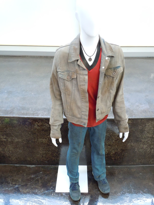 Super 8 Cary movie costume