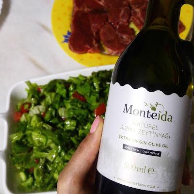 Monteida zeytinyağı
