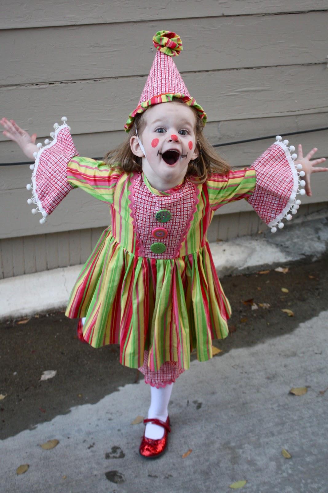 Halloween Clown Girl Outfit.At Second Street Halloween Attire