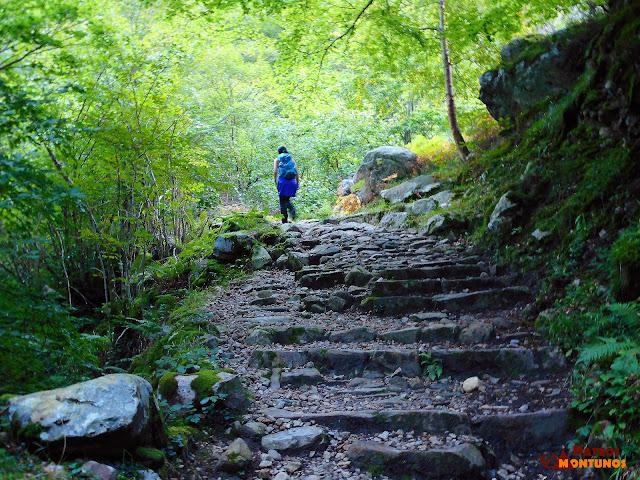 Desfiladero de Los Arrudos: Antiguo camino