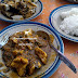 Menikmati Sensasi Pedasnya Kupat Tahu Mangunreja di Tasikmalaya