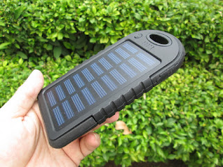 powerbank tenaga surya (solar cell powerbank)