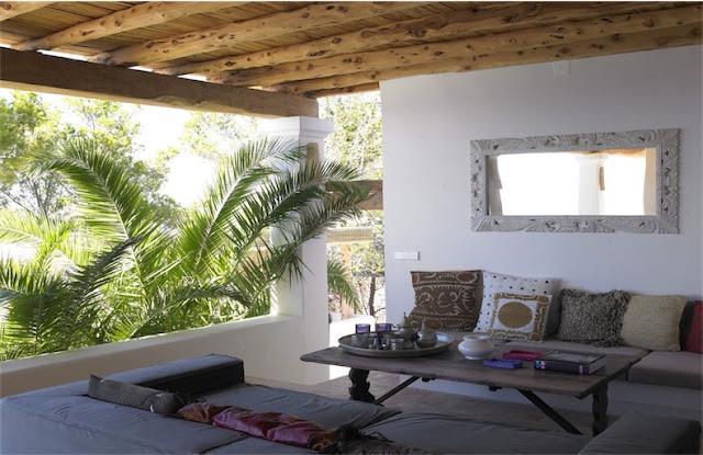 Villa en Ibiza bohemia y elegante chicanddeco