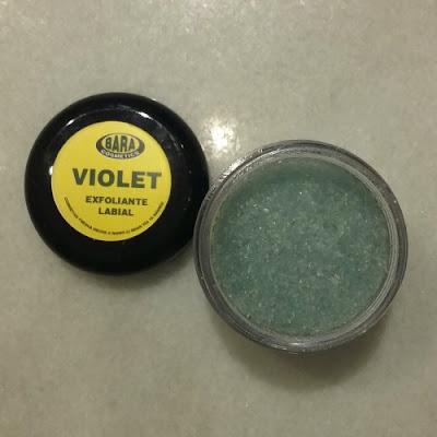 Bara Cosmetics Violet: exfoliante labial