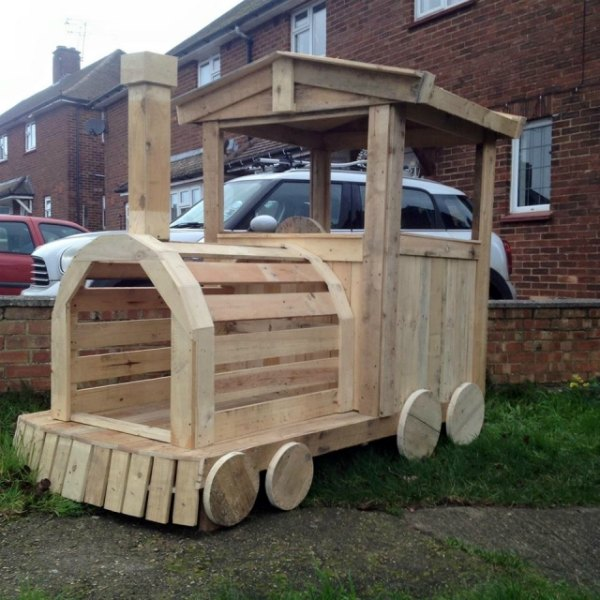 Best Pallet Creations on the Web - Forest School