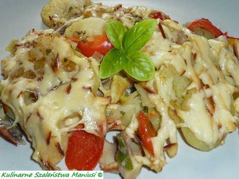 Warzywa na patelnię zapiekane z wędzonym serem