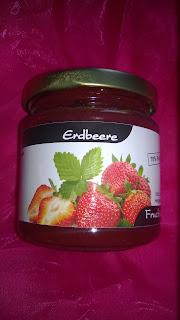 Fruchtausstrich aus Erdbeeren mit Xylit
