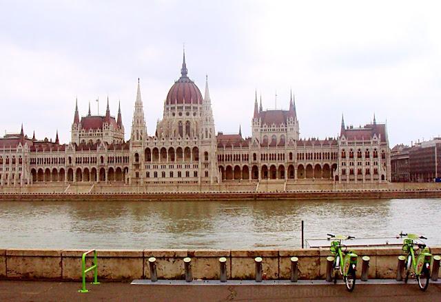 abellaeomundo viajarsozinha Budapeste