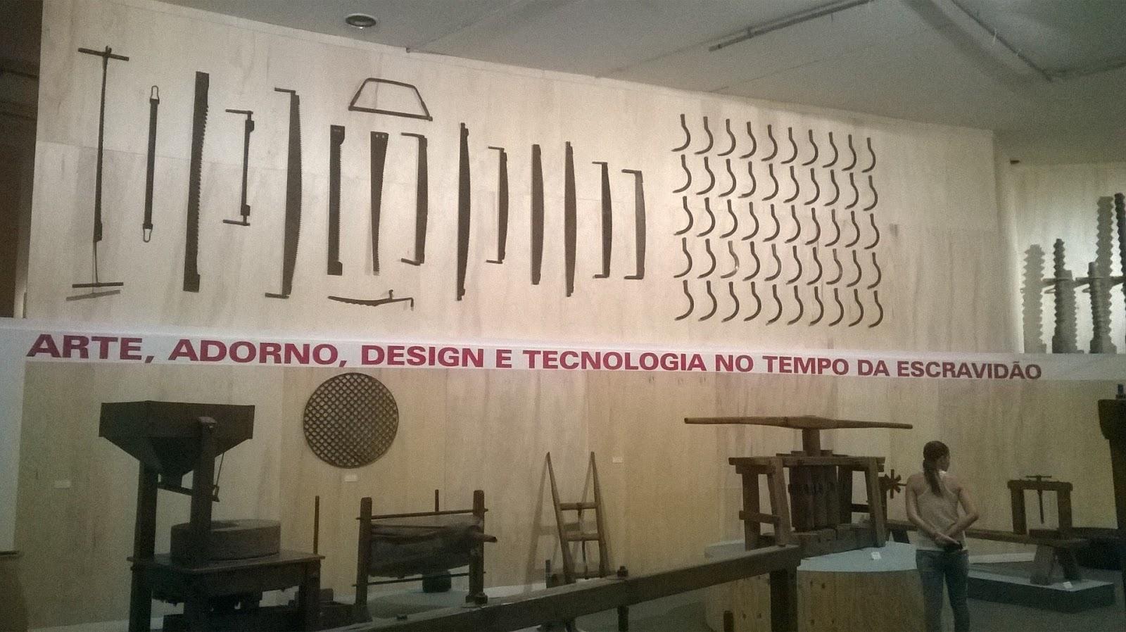 Arte adorno design e tecnologia