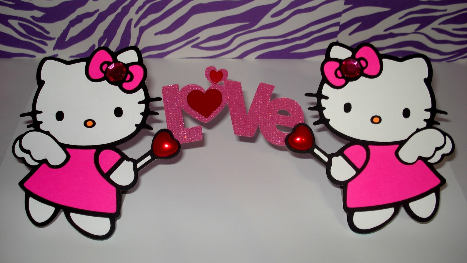 Since I love Hello Kitty I decided to make myself a Valentines Day . 1600 x 902.Free Hello Kitty Valentine's Day Cards